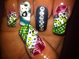 Robin inspired nails by pierrettepaola