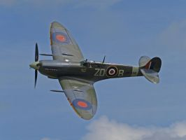 Spitfire Old Warden by davepphotographer