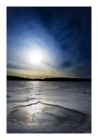 Frozen Lake by theFouro