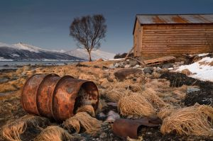 Rusty Old Barrel by KennethSolfjeld