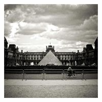 Louvre Museum by S4SH4X