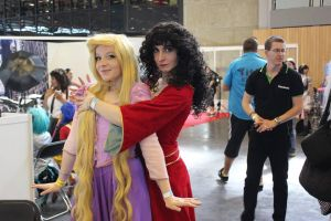 Gothel Mother - tangled - with Rapunzel by Sakura-Kagamine