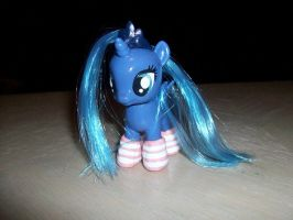 Luna Love Stripes by Gryphyn-Bloodheart