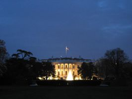 whitehouse at dusk by zimxx