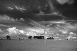 Falling clouds by balthazar962