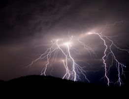 Lightning by janpirnatphoto