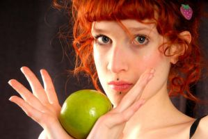 Green Apple by Bateor