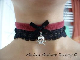 Pirate skull choker by kickthebucket
