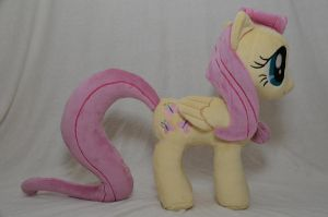 Fluttershy Side View by makeshiftwings30