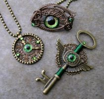Steampunk Bronze Green - Gear Clock Key Eye Set 2 by LadyPirotessa