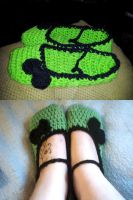 Black and green Mary Jane slippers by xKornsFreakx