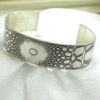 Fractal Cuff 2 by contrarymary