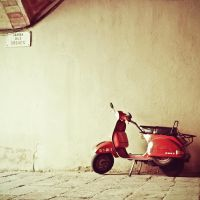 Red scooter.. by monikha