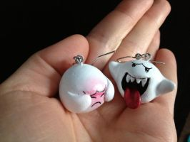 Boo Earrings by Gatobob