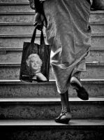 No limit for Marilyn by Nile-Paparazzi