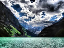 Lake Louise HDR by elfullero