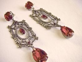 Red Gothic Earrings 1 by Aranwen