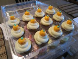 Pumpkin Cupcakes with Cream Cheese Frosting by StarDragon77