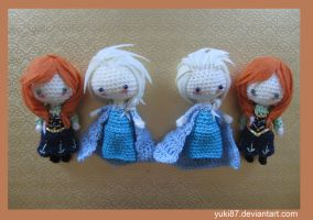 Anna and Elsa Double by Yuki87