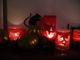 Halloween Mantle by ilovemylife718