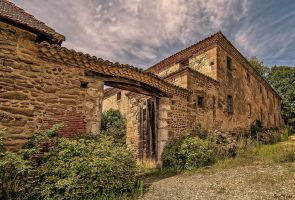 Old house by JoelRemy222
