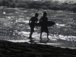 surfers by gbaby0101
