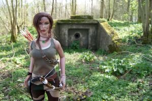 Tomb Raider 2013 - Hunter dirty outfit - 02 by Laragwen