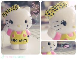 Hello, emo Kitty by I-heart-HelloKitty