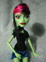 Monster High Custom: Cordelia Closeup by OtakuEC