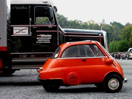 3wheel BMW Isetta by Vipallica