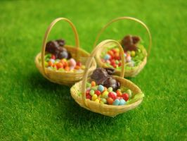Tiny Easter Eggs by PetitPlat