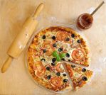 pizza! by schwepes