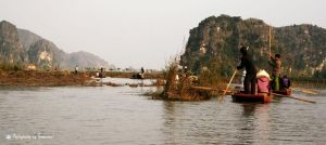Ha long Baye on earth by Arnosnail