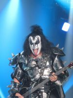 Kiss, Live in London 8 by thehellpatrol
