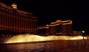 Water Display Bellagio Hotel 04 by abelamario