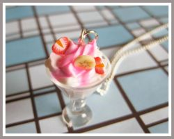 Strawberry Banana Sundae Neckl by softbluecries