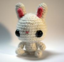 White Bunny by tinyowlknits