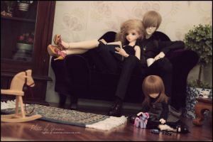 Family time by yenna-photo