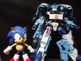 Sonic the Hedgehog races Blurr the Autobot! vote! by forever-at-peace
