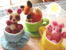 Moshimellows - Needle felted cuties by Piquipauparro