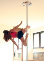 Pole Dance - Knee Hold by xXLilButterflyXx