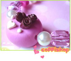 Pink cake bracelet by coffishop