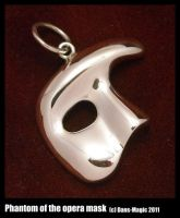Phantom of the opera pendant by Dans-Magic