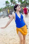 Snow White on the Beach by thais-cos