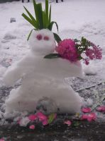 snowman 2009 by FoxieMaid