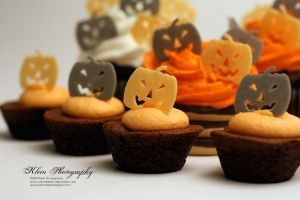 Pumpkin Cakes by nklein