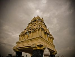 .:Hindu Monument Dome:. by albinjacob