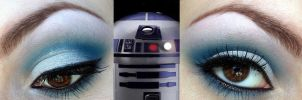 R2D2 Makeup by ZombieFayce