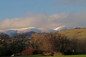 Early snow on the Ben by piglet365