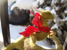 Needle felted Wyvern by Projectsubvert